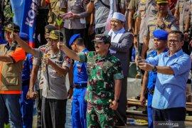 Panglima TNI tanam 20.000 pohon bakau di pesisir Tangerang