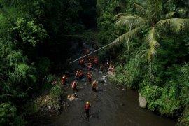 45 institusi lakukan pencarian dan evakuasi siswa hanyut di Sleman