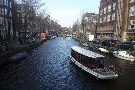 Seandainya sungai Indonesia sebersih kanal-kanal Amsterdam