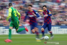 Jadwal Liga Champions malam ini, pembuktian DNA Barcelona Quique Setien