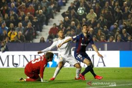 Zidane ragu Hazard dapat kembali bermain untuk Real Madrid musim ini