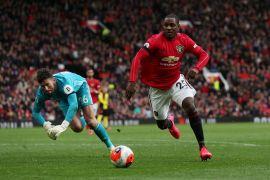 Manchester United menempel ketat zona Liga Champions