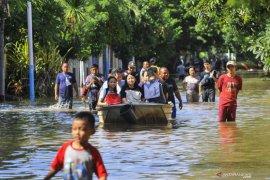 Banjir Jakarta, 159 sekolah diliburkan