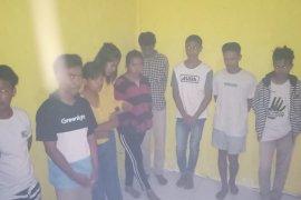 Pesta sabu dan miras di kos, 10 pelajar diamankan