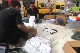 Dua pasangan bacawali Surabaya jalur perseorangan serahkan dokumen dukungan
