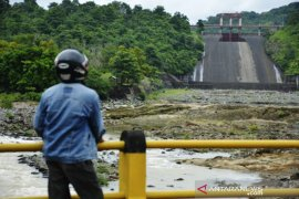Volume ketinggian air bendungan Bili-bili Kabupaten Gowa Page 1 Small