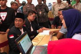 KPU Surabaya terima dokumen dukungan dua pasang bakal cawali perseorangan