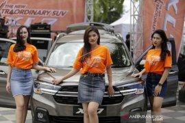 Foto - Suzuki luncurkan mobil tipe XL7 di Gorontalo