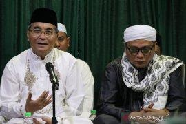 Bupati HSS ingin kembalikan kejayaan Madrasah Darul Ulum
