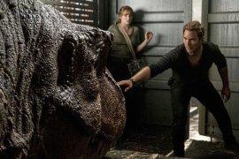 """Chris Pratt sebut """"semua orang"""" kembali di """"Jurassic World 3"""""""