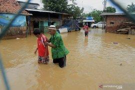 Banjir makin luas rendam permukiman warga di Bekasi