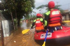 Kembali Banjir, ACT Siagakan 7 Regu Penyelamat di Jabodetabek