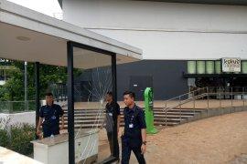 Pasca didemo massa, Mall AEON tutup dan dijaga polisi