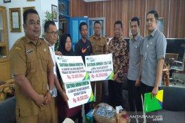 Bupati Madina salurkan santunan jaminan kematian BP Jamsostek ke ahli waris
