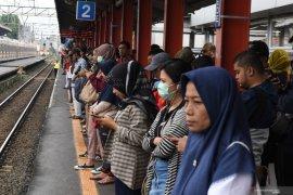 KRL rute Jakarta Kota-Bogor berangsur normal