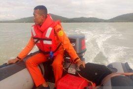 Tim gabungan SAR alihkan wilayah pencarian nelayan hilang
