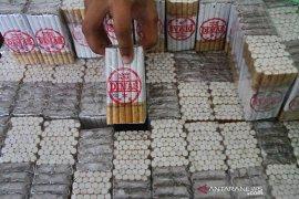 BC Malang gagalkan pengiriman ratusan ribu batang rokok ilegal