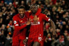 Liga Inggris, Liverpool di ambang banjir rekor