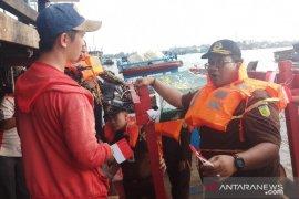 """""""Jaksa Masuk Sungai"""" menyapa nelayan Tanjungbalai-Asahan"""