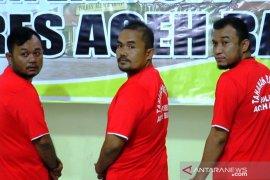 Selain keroyok wartawan ANTARA, Akrim juga ancam wartawan Modus Aceh pakai senpi