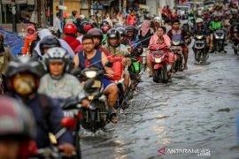 Dampak drainase buruk di Tangerang Page 1 Small