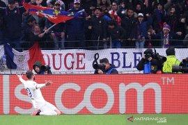 Liga Champions: Gol semata wayang Tousart amankan kemenangan Lyon atas Juve