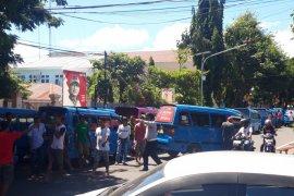 DPRD tanggapi aksi sopir angkot Ternate
