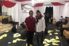 Dinyatakan tak penuhi syarat, Pasangan Bacawali Sholeh-Taufik gugat KPU Surabaya