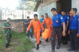 Basarnas Jambi selama dua jam evakuasi jasad Harun