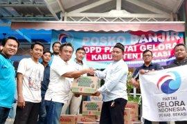Partai baru usungan Fahri Hamzah, salurkan bantuan untuk korban banjir di Kab Bekasi
