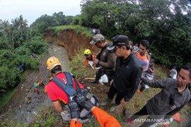 Hujan deras akibatkan tanah longsor di Kota Bogor