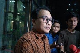 Arief dikonfirmasi adanya permintaan Wahyu bahas PAW Harun Masiku