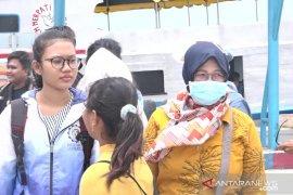 Wisatawan Kepulauan Seribu bawa masker