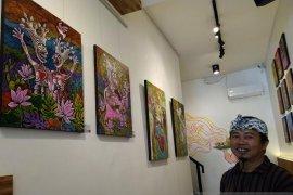 Pelukis Bali berpameran tunggal di Kota Magelang