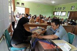 Layanan paspor Imigrasi Madiun tak terpengaruh penangguhan umrah