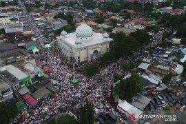 Jutaan jamaah haul Guru Sekumpul penuhi jalan raya