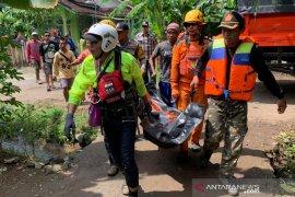 Seorang warga yang tenggelam di Sungai Ciputrahaji Ciamis ditemukan tewas
