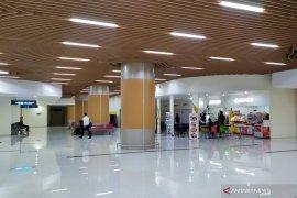 Pertokoan tetap normal meski Bandara Kertajati digunakan evakuasi WNI ABK
