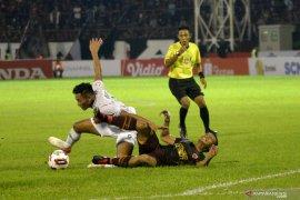 Liga 1 Indonesia, PSM kalahkan PSS Sleman 2-1 di Makassar