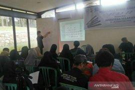 Ratusan orang antusias pelajari penulisan aksara Kaganga di Palembang