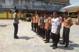 Polisi amankan 13 pelajar yang terlibat tawuran