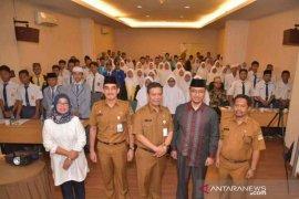Ratusan pelajar SMP dan SMA Bekasi diberi pembinaan hindari kenakalan remaja