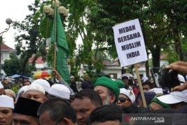 Massa ajukan 7 tuntutan di Konjen bela Muslim India