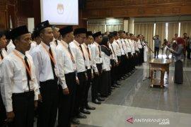 KPU Lantik 90 PPK Jelang Pilkada Kutim