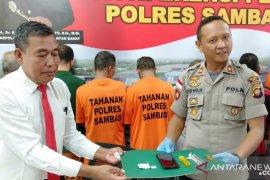 Bupati apresiasi TNI - Polri tangkap pembawa narkoba di perbatasan Sambas