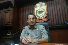 Apotek buat harga masker mahal, Wali Kota Makassar: izin dicabut