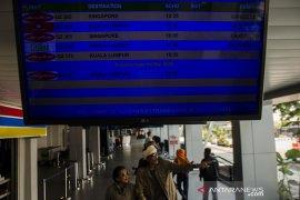 Penerbangan internasional Bandara Husein dibatalkan