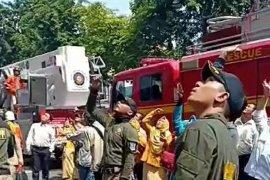 Gudang genset Mal Pelayanan Publik Siola Kota Surabaya terbakar