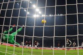 Italia kemungkinan tetapkan semua laga Serie A main di stadion tertutup