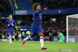 Willian rela bela Chelsea meski kontraknya habis